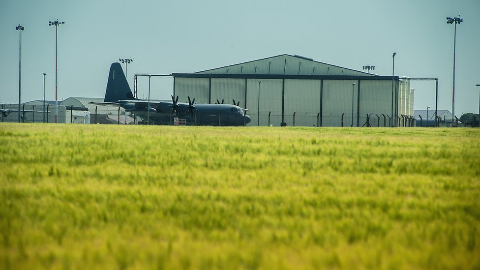 Mildenhall US air base personnel to move to Cotswolds by 2023