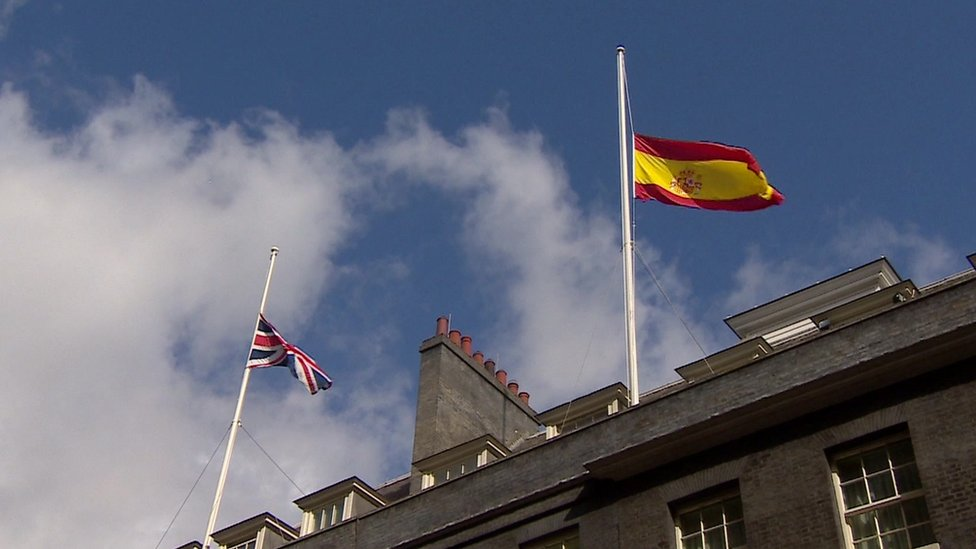Flags in Downing Street