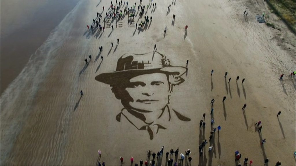 Beach images across the UK honour World War One soldiers