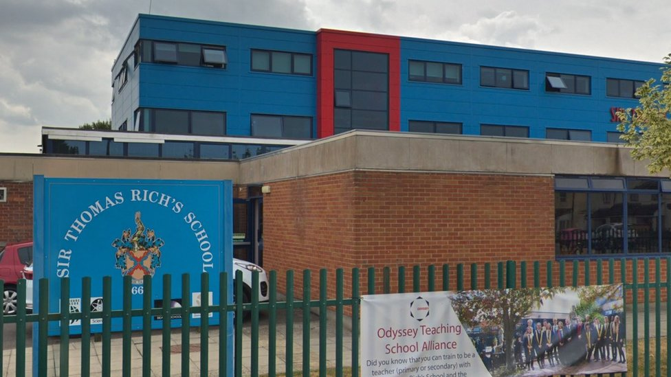 Pupils sent wrong school entrance exam results
