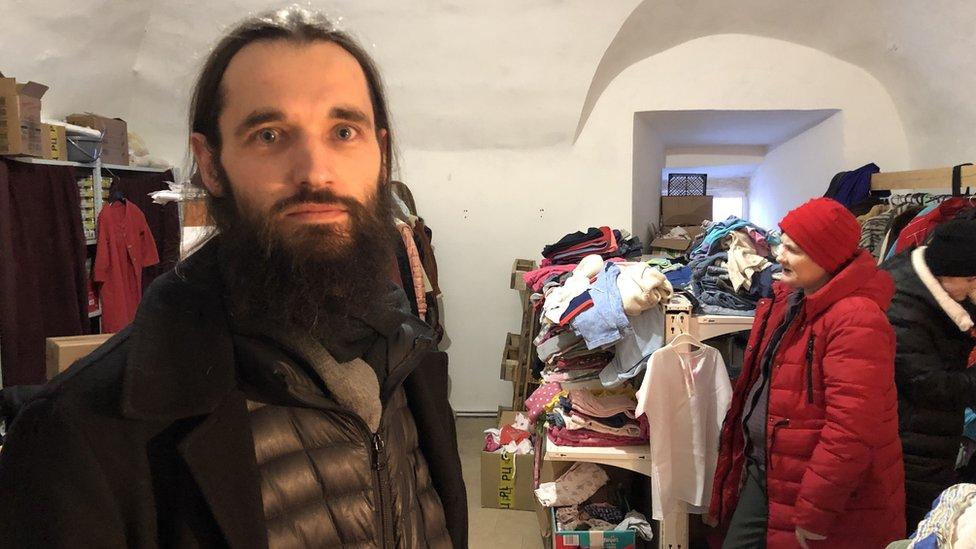 Pantalaimon Koroljev, iguman manastira Svetog trojstva-Danilov, kaže da je deci posebno potrebna pomoć