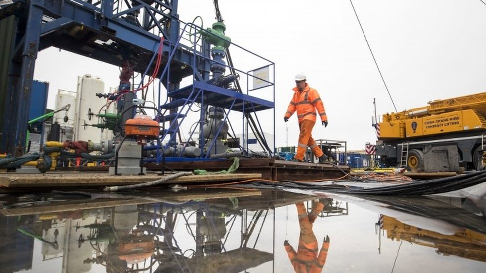 No plan to relax fracking regulations, says minister
