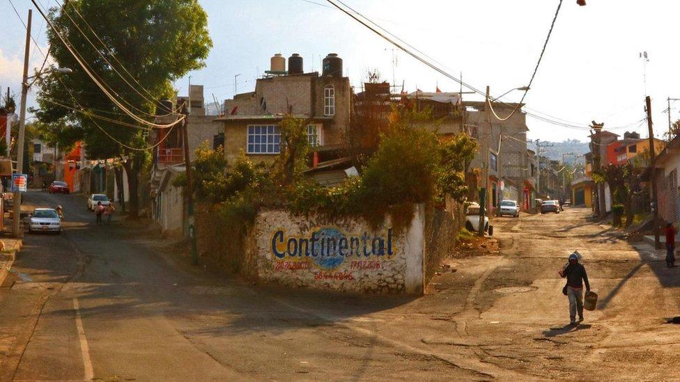 Calles sin asfaltar en Milpa Alta.