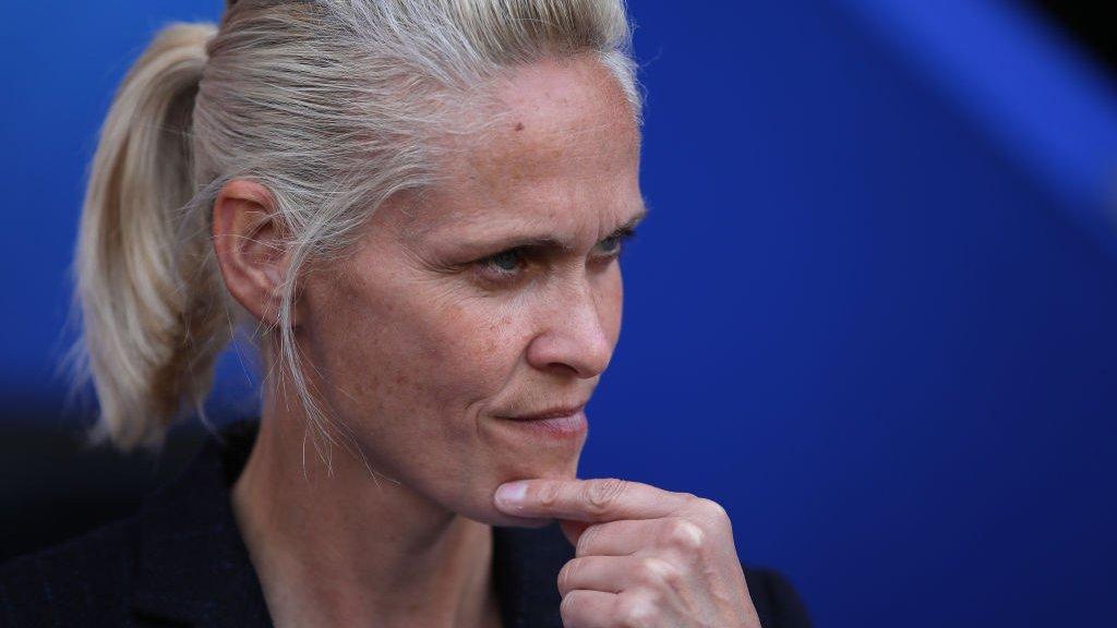 Women's World Cup: Shelley Kerr targets 'phenomenal' Scotland win