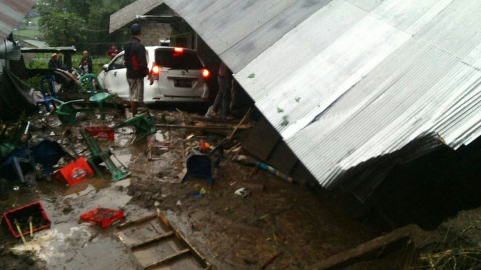 Picture of aftermath of landslide at Songan village on Bali