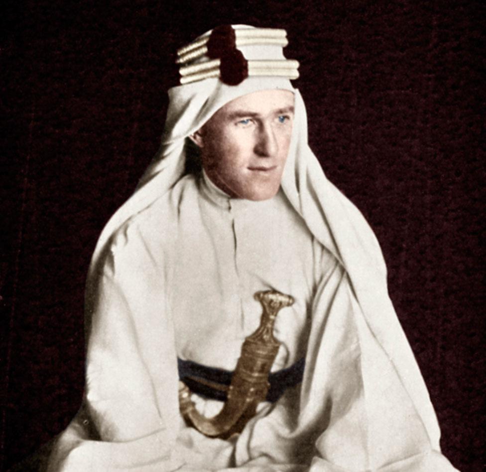 Thomas Edward Lawrence (más conocido como Lawrence de Arabia)