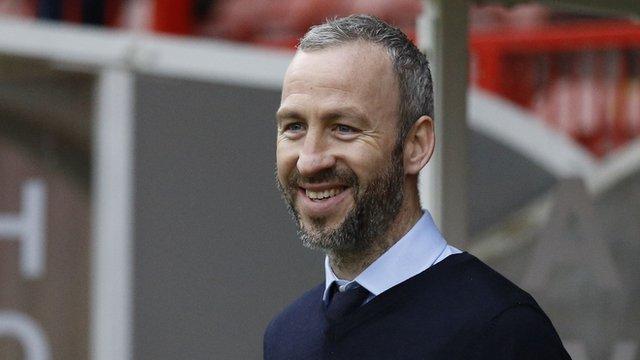 Cambridge United boss Shaun Derry