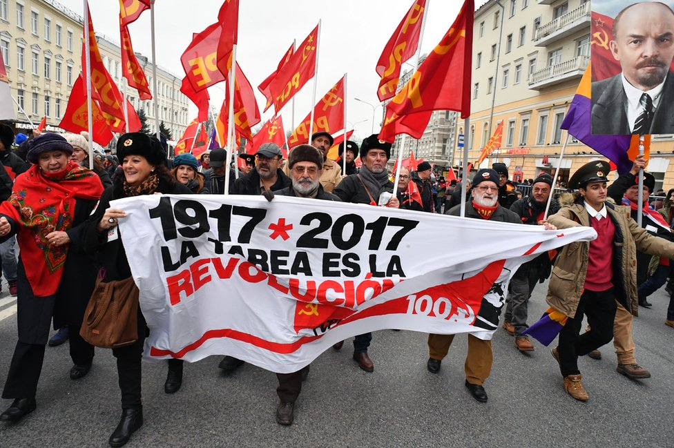 Spanish communists in Moscow, 7 Nov 17