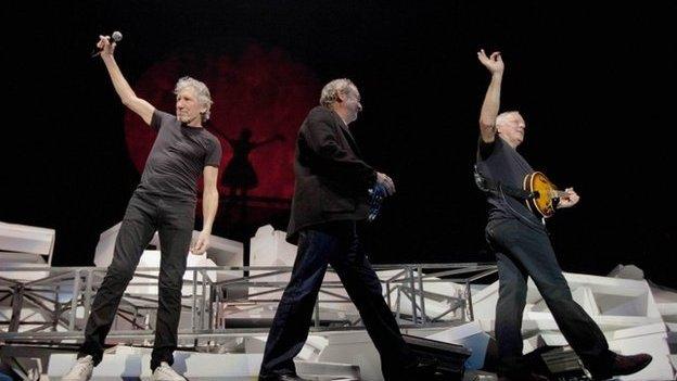 Petai Pink Floyd yn canu'n Gymraeg mi fysan nhw yn sicr yn cael llwyfan yn Meifod gan Siân!
