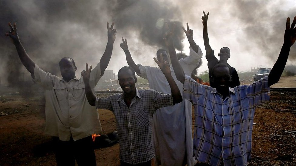 Manifestantes sudaneses