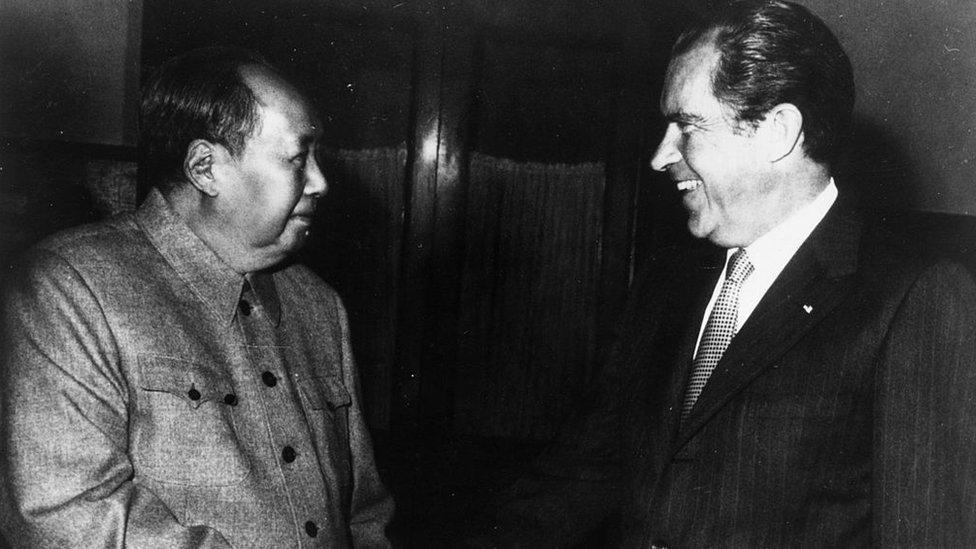 El líder del partido comunista Mao Zedong se encontró con el presidente de Estados Unidos, Richard Nixon