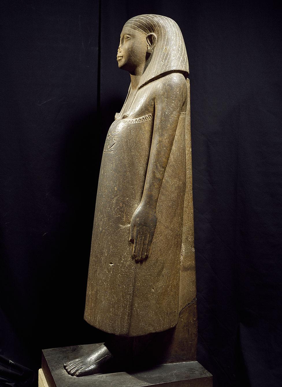 Estatua de cuarcita del Visir Iimeru, de 148 cm de altura, Karnak. Civilización egipcia, Reino Medio. París, Musée du Louvre