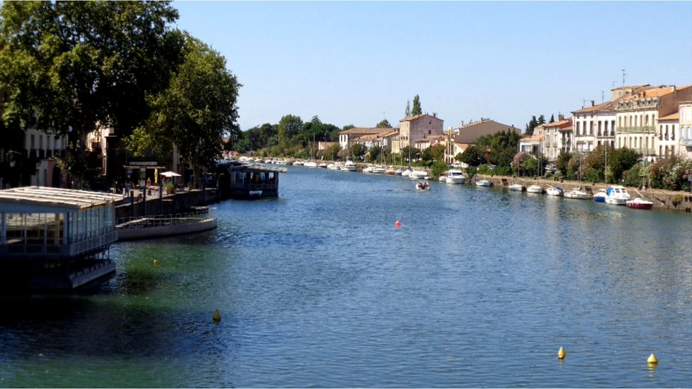 The idyllic centre of Agde