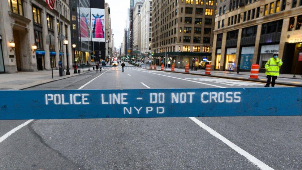 Calle de Nueva York cerrada durante la pandemia.