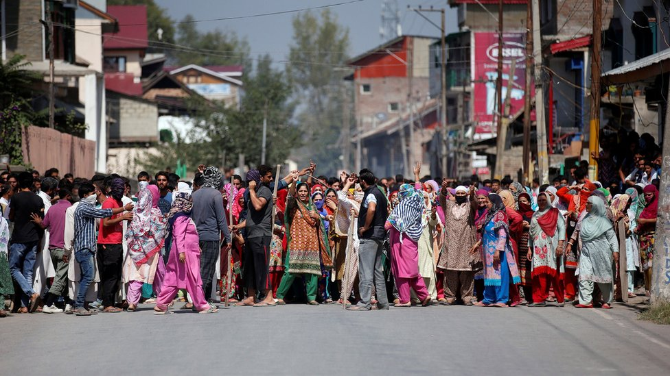 A large group of women shout anti-Indian slogans during a protest in Srinagar, against recent killings in Kashmir. Taken 18 September 2016.