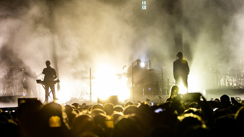 BBC News - Climate change: Plan to cut carbon emissions from concerts