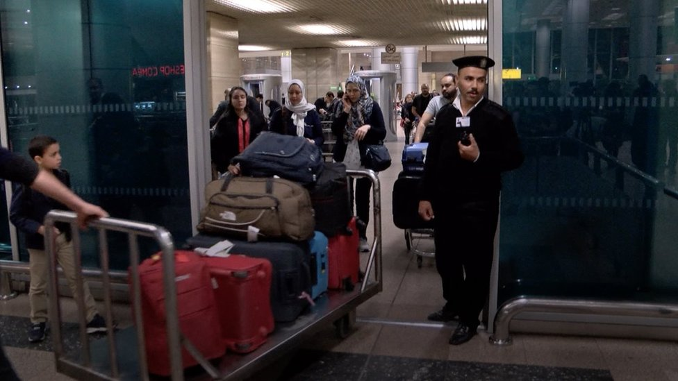 صورة من مطار القاهرة
