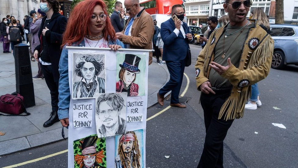 Depp fans outside court