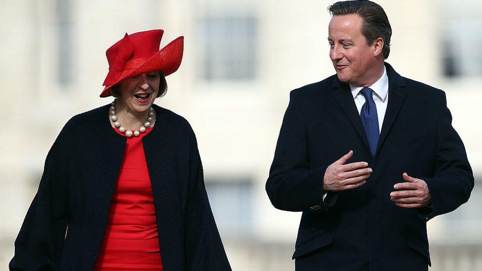 Theresa May y David Cameron.