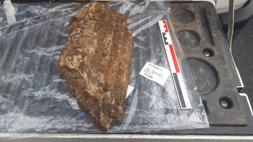 Medieval buildings and pottery found in Gloucester dig