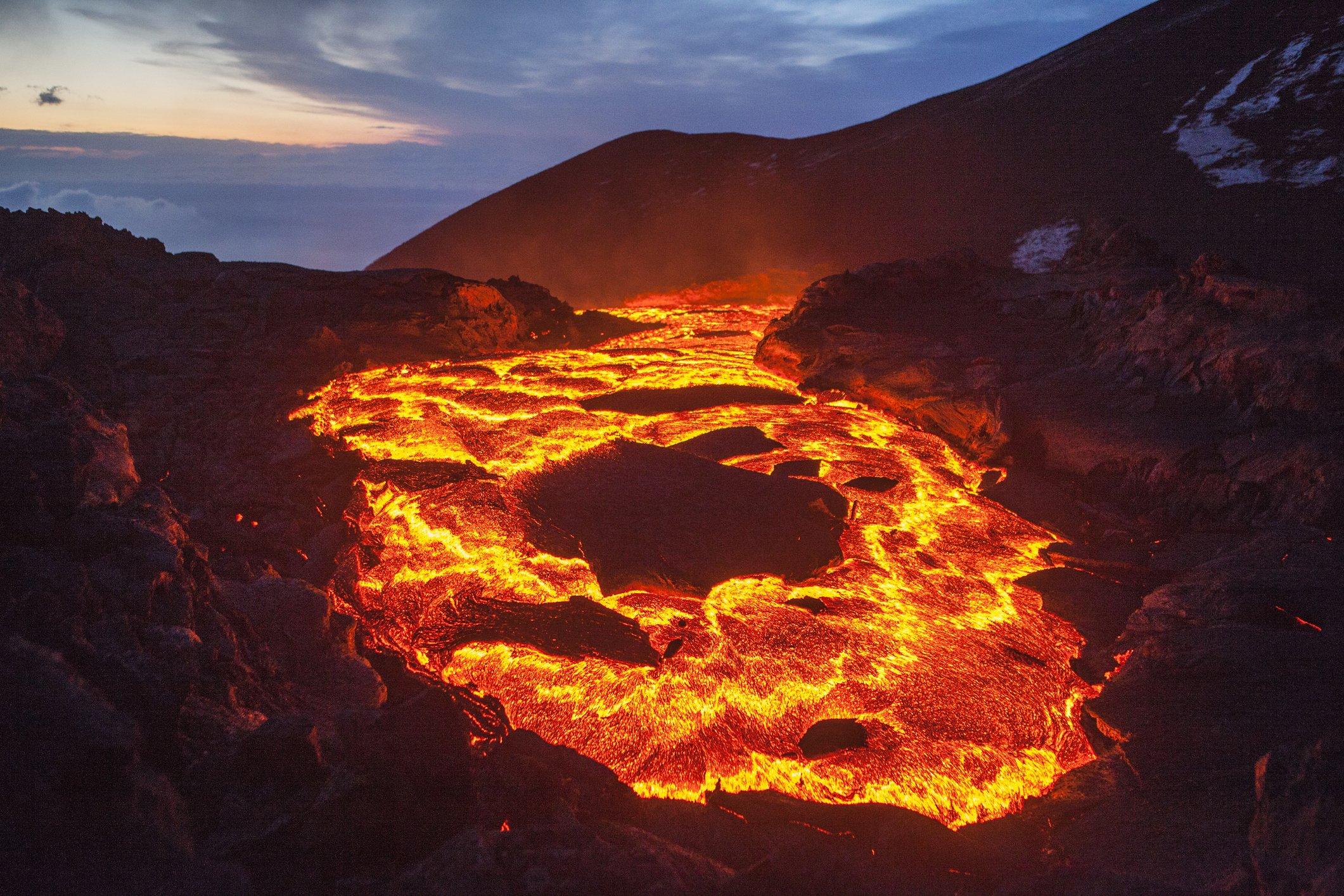 Erupci n del kilauea en haw i por qu es tan complicado for Temperatura lava