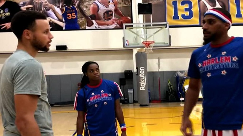NBA: Steph Curry tries his hand at being a Harlem Globetrotter