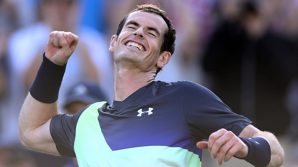 Murray beats Wawrinka to win first match since last July