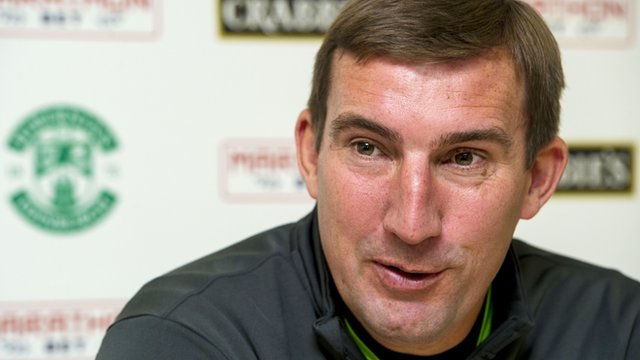 Alan Stubbs is aiming to get Hibernian promotion