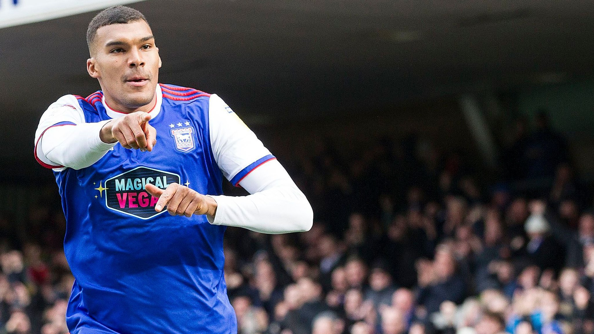 Ipswich Town 1-1 Nottingham Forest: Bottom club share spoils with hosts