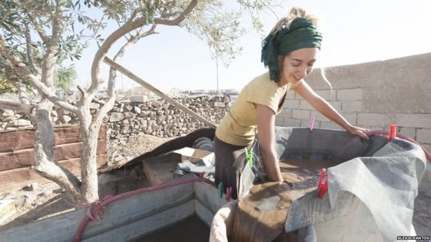 Arranz-Otaegui moliendo tubérculos