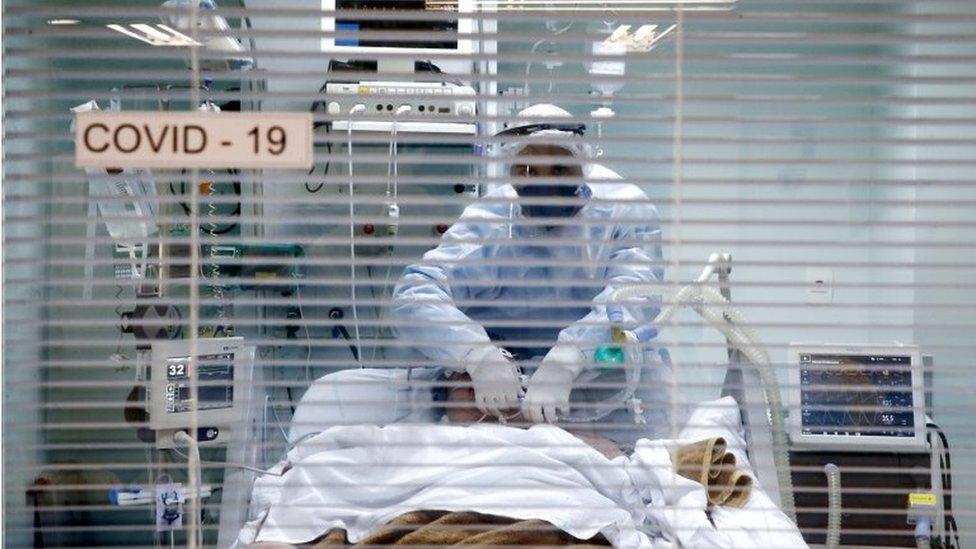 Covid-19: 'Pandemia no Sul caminha para agravamento sem precedentes', diz epidemiologista