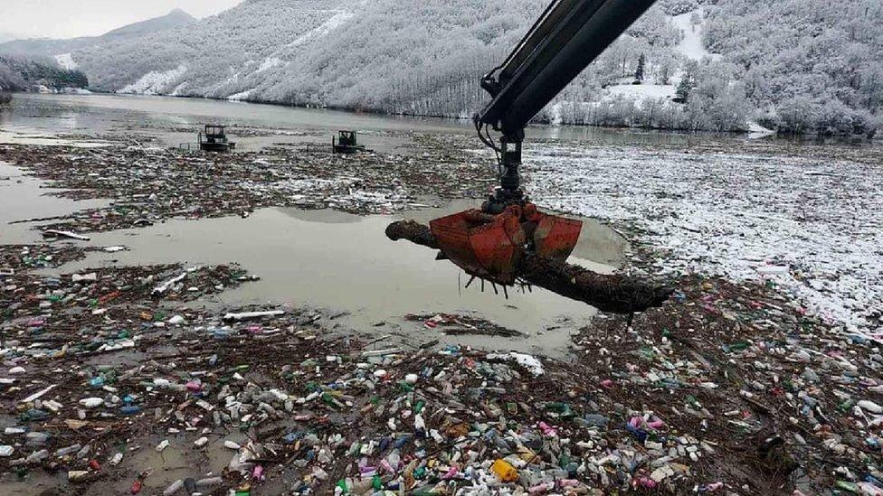 Potpećko jezero, reke, zagađenje