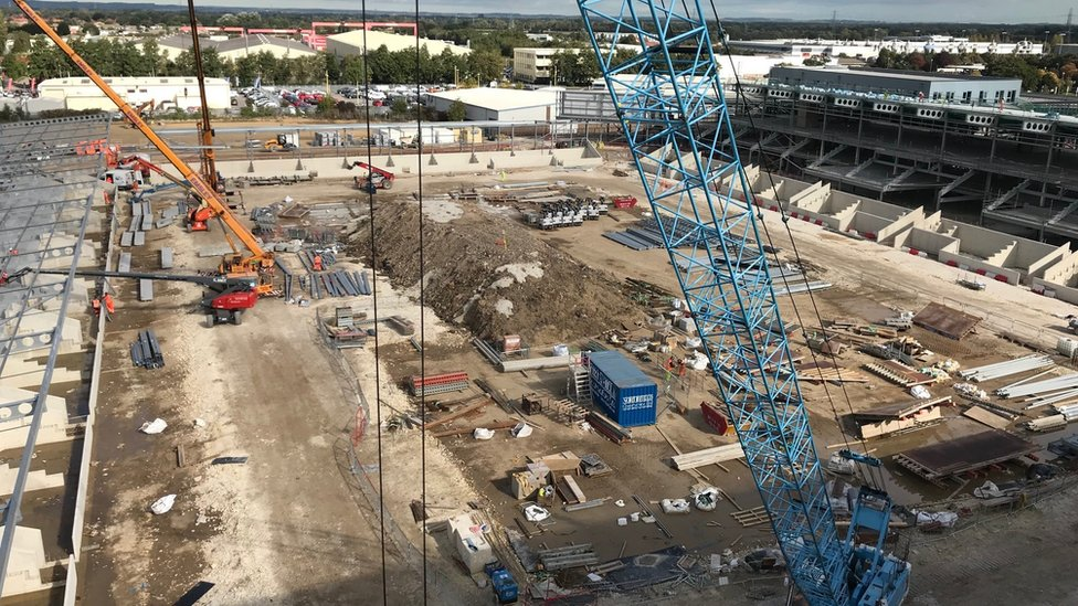 York stadium opening hit by new delay