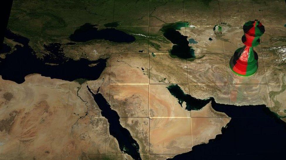 satranç tahtası şeklinde dünya haritası