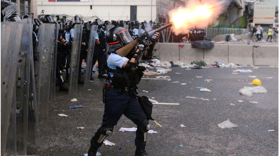 香港經歷2019年的示威浪潮後,誰能有效監管警察變成十分受關注的話題。