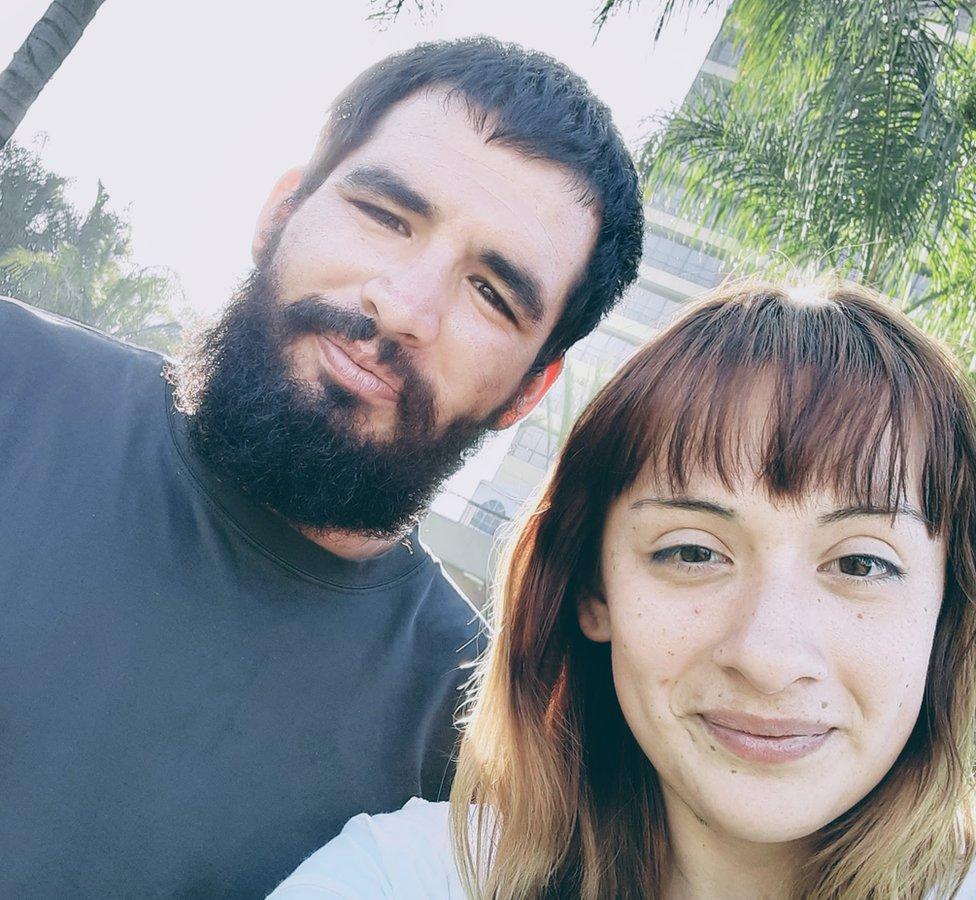 Steven Velásquez y su pareja Alexis Granados
