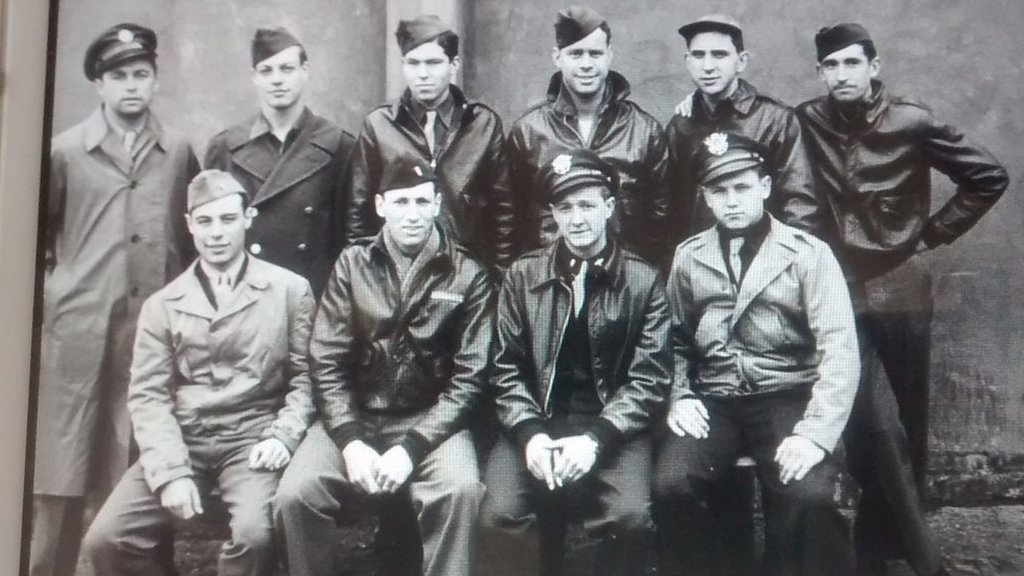 American B-17 Flying Fortress bomber pilots honoured