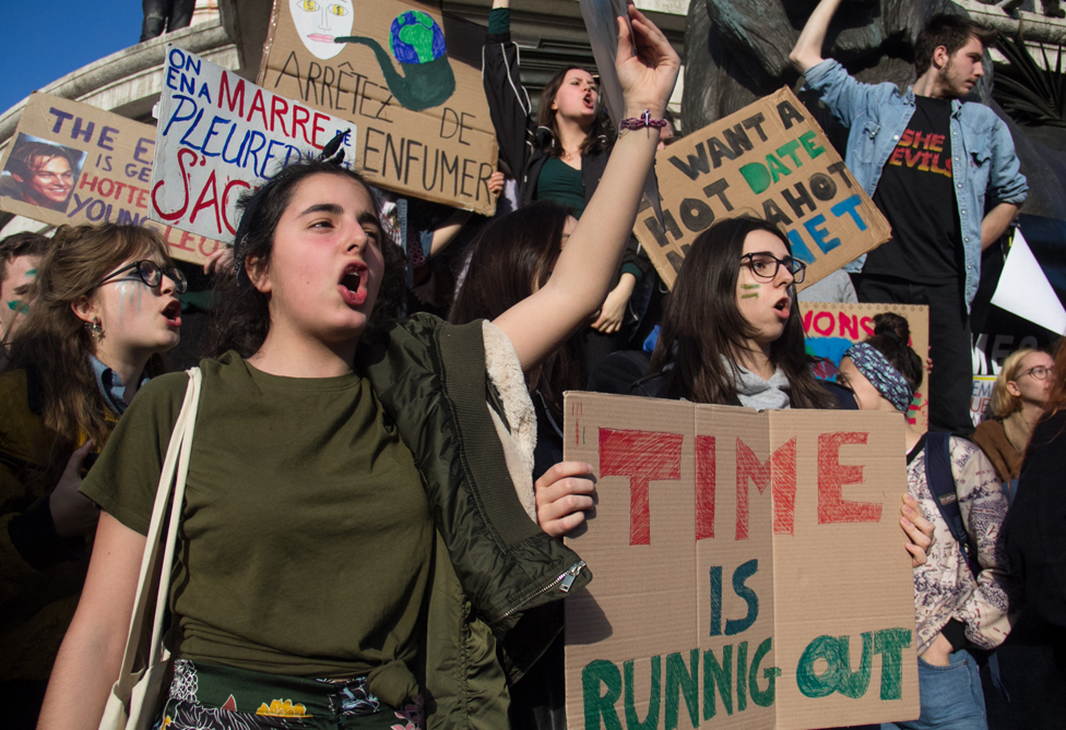 Climate protesters in Paris, 16 Mar 19
