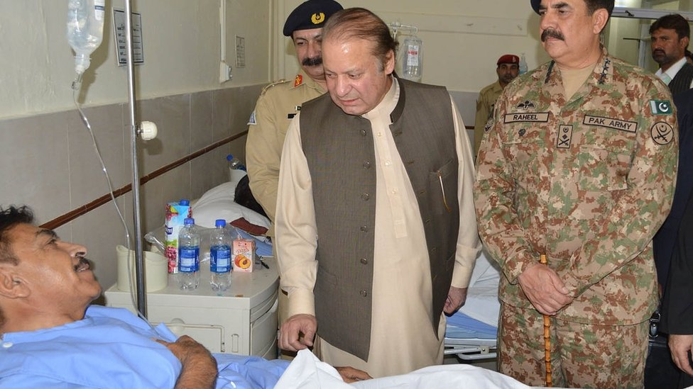 Prime Minister Nawaz Sharif met some of the wounded in Quetta, Pakistan on 8 August 2016