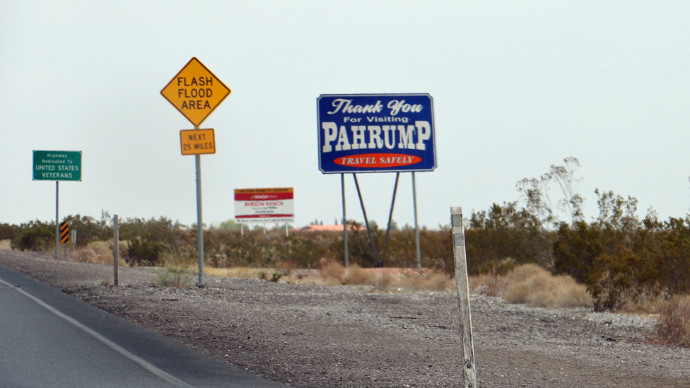 sign for Parumph