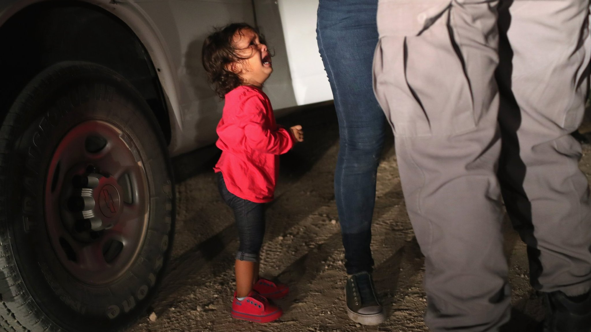 US child migrants: Melania speaks out on Trump separation policy