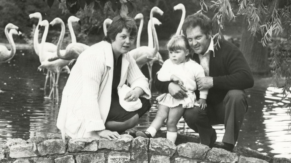 John y Lesley Brown junto a su hija Louise.
