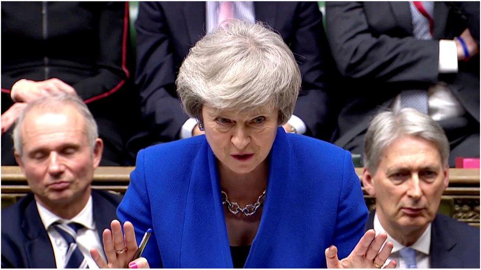 Брекзит: уряд Терези Мей уникнув відставки під час голосування в парламенті