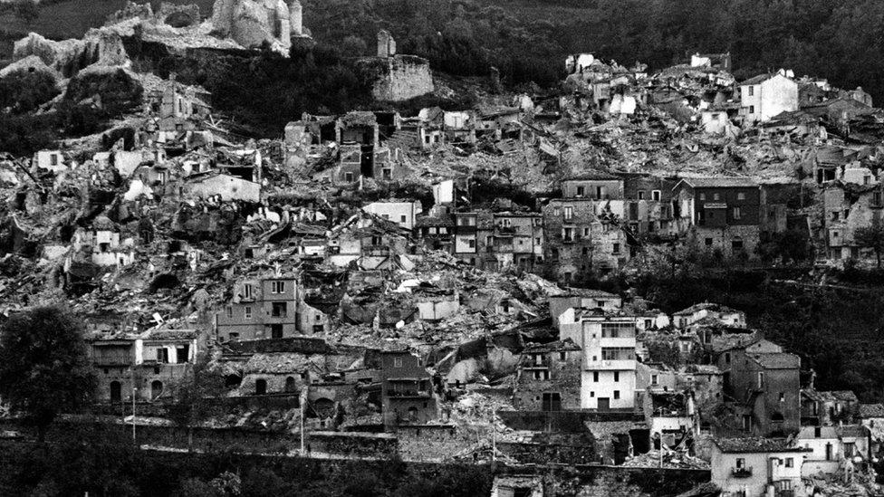 Selo uništeno u zemljotresu 1980. godine