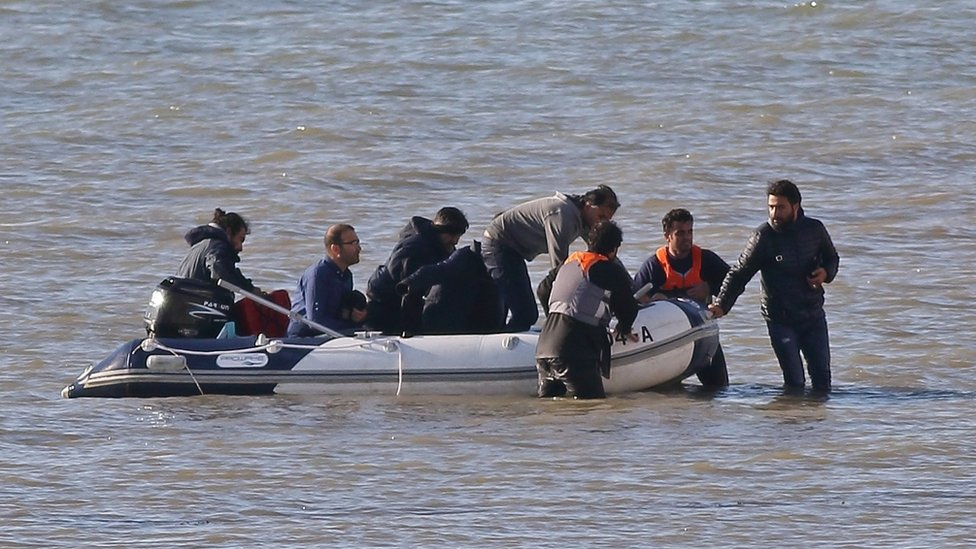 Eight migrants land at Kingsdown
