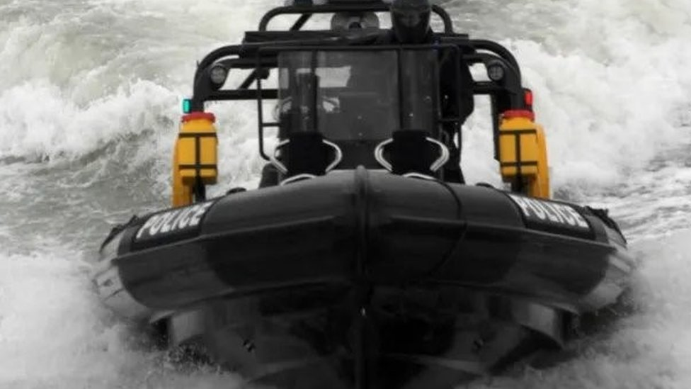 Hampshire police marine unit maintained after review