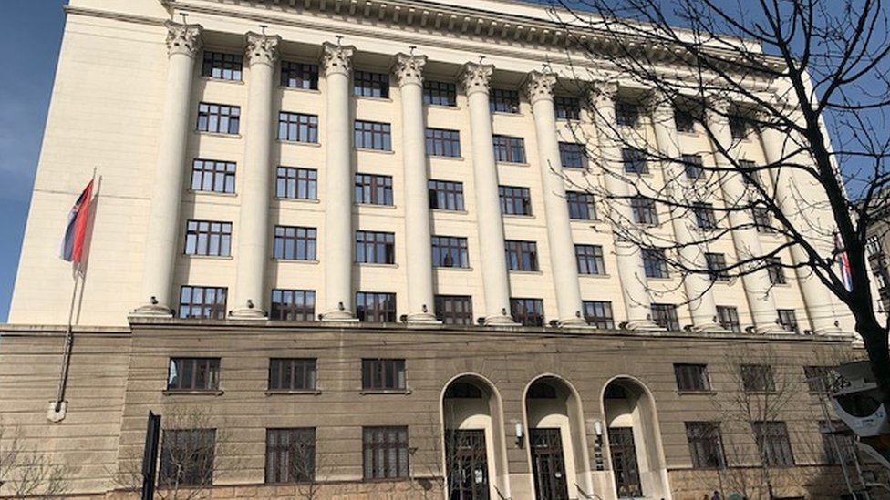 Vrhovni kasacioni sud nalazi se odmah do Vlade Srbije, na adresi Nemanjina 9