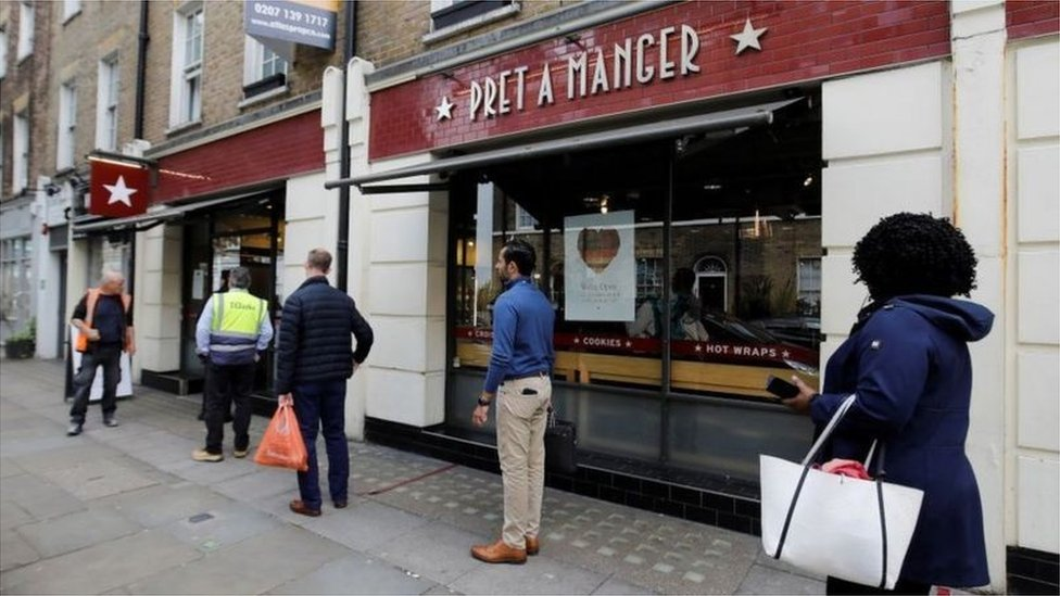 Pret and a queue of people