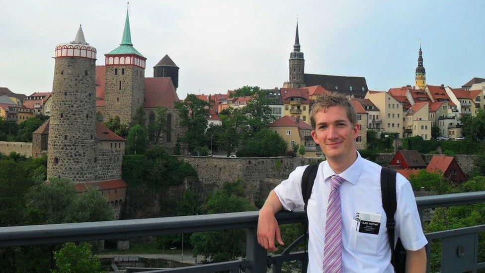 David Sheppard, de misionero en Alemania