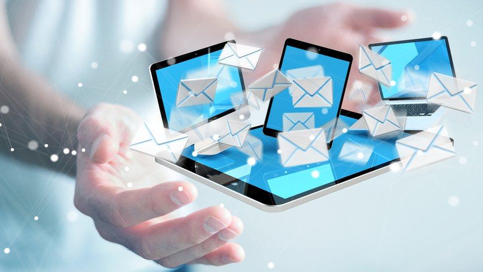 Gráfico que representa el concepto de correos electrónicos